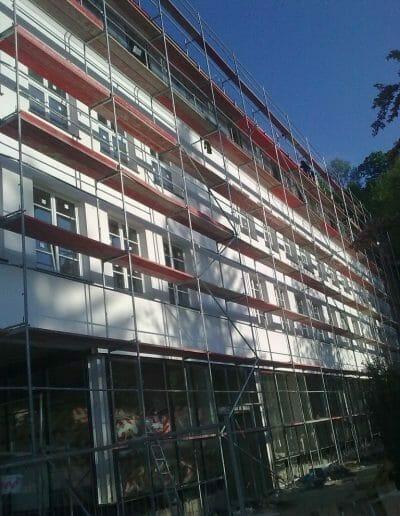 Dostawa i montaż rusztowań na Budowie Szkoły w Kazimierzu Dolnym